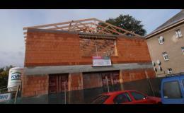 Realizace nové střechy na budově firmy