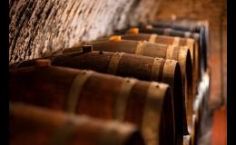 Prodej sudového a lahvového vína