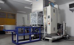 Výroba a dodávka průmyslových odmašťovacích a čistících systémů