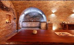 Uspořádejte teambuilding nebo firemní akci s ochutnávkou vína ve vinném sklípku na Pálavě