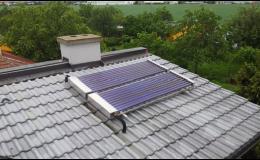 Instalace panelů přímo na střechu domu