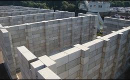 Kvádry pro jednoduchou realizaci dočasných staveb