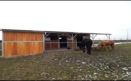 Venkovní boxy pro koně - výroba
