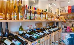 Nakupujte lahvové a sudové víno, ovocné víno přes e-shop