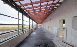 Lité asfaltové podlahy pro zemědělství a průmysl