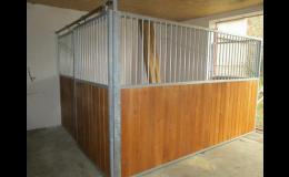 Vnitřní boxy pro koně - výroba