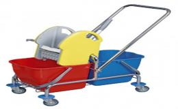 Vozíky na úklid domácnosti nebo větších ploch kanceláří