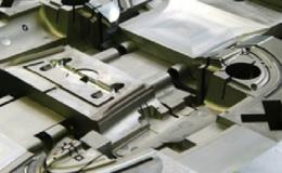 Výroba přesných vstřikovacích forem