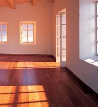 Laminátové a dřevěné podlahy