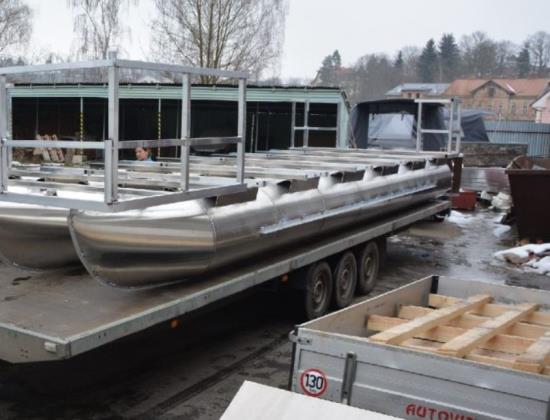Nautig Trapper - základny pro houseboat