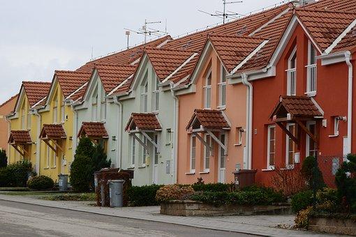 Výstavba rodinných domů na klíč BUČEK střechy Vlčnov