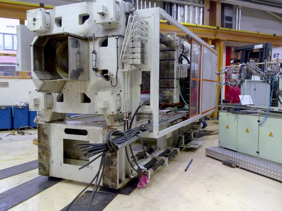 Přemístění, posun strojních zařízení v halách