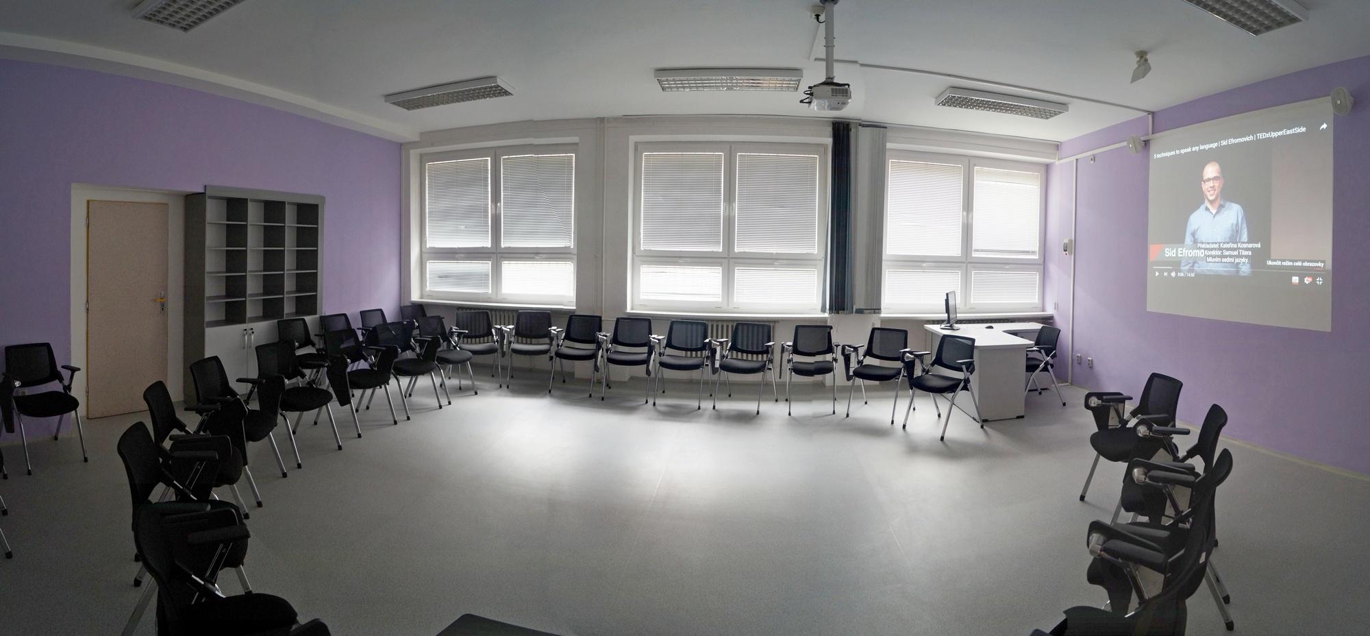 Pronájem učeben, auly OA Ostrava Mariánské Hory