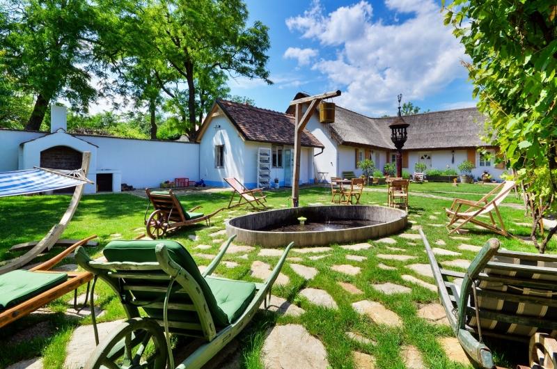 Penzion Pastuška - ubytování, degustace vín, oslavy