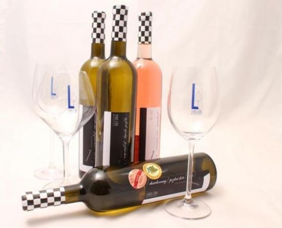 Kvalitní bílá, červená, růžová vína v e-shopu vinolipa.cz