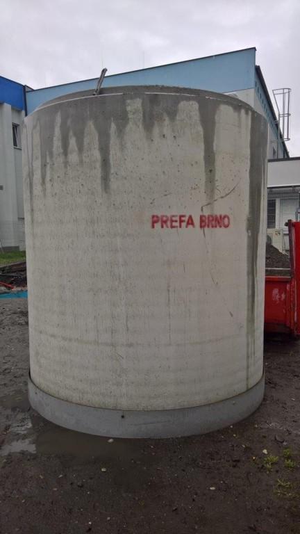 Kanalizační potrubí z betonu, šachty, jímky, panely