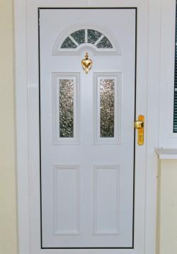 Plastové dveře vchodové - Rožnov pod Radhoštěm
