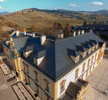 Střecha z barevné břidlice