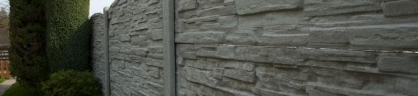 Betonové oplocení kolem zahrad, rodinných domů