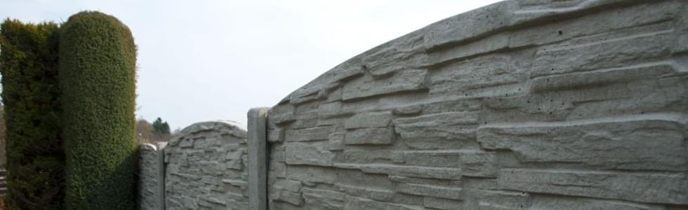 Výstavba betonového oplocení z certifikovaného betonu