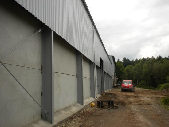 Boční i střešní opláštění montovaných ocelových konstrukcí