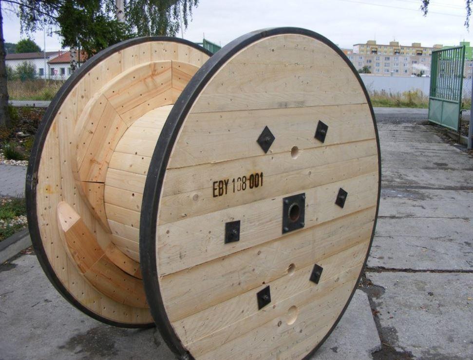 Stolárna Santo, a.s. - výroba kabelových bubnů