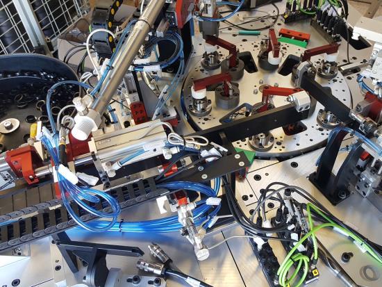 Výroba automatizovaných výrobních linek