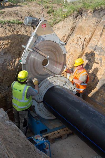 Výstavba vodovodního potrubí bezvýkopovou technologií