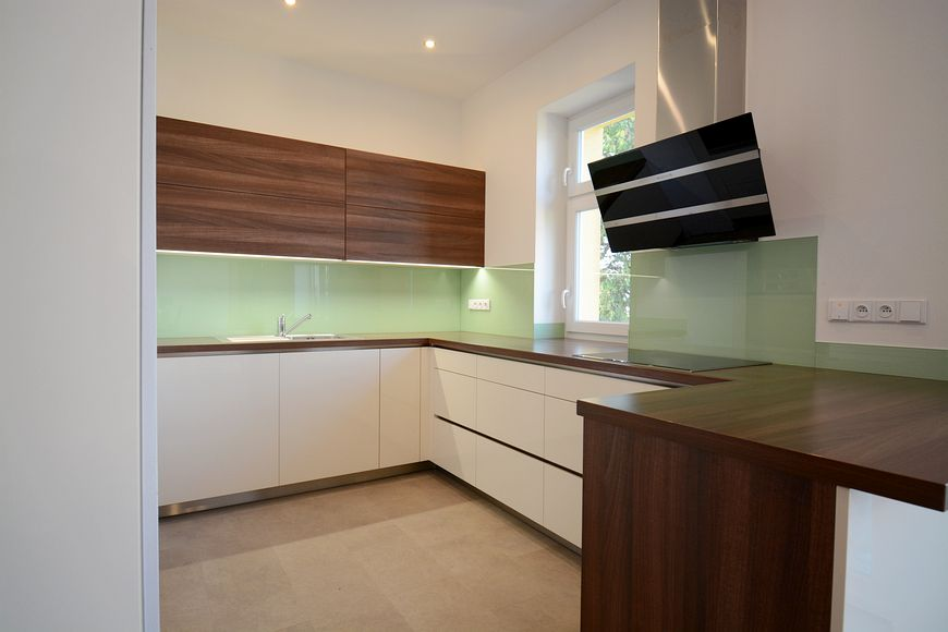 Kvalitní kuchyňské komponenty a elektrospotřebiče