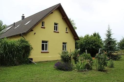 Prodej, koupě, pronájem nemovitostí - rodinné domy, byty, pozemky