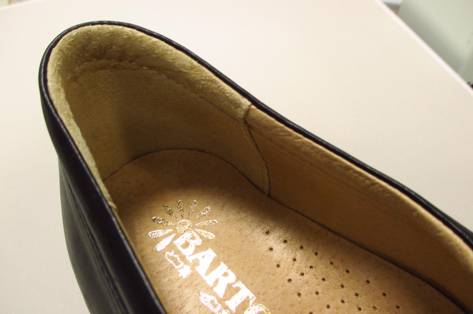 Kvalitní dámská obuv s koženou podšívkou