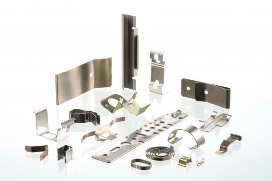 Pružiny, kovové součásti, drátěné výrobky pro průmyslová odvětví