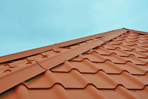 TOM střechy z Uherskohradišťska nabízí pokrývačské práce