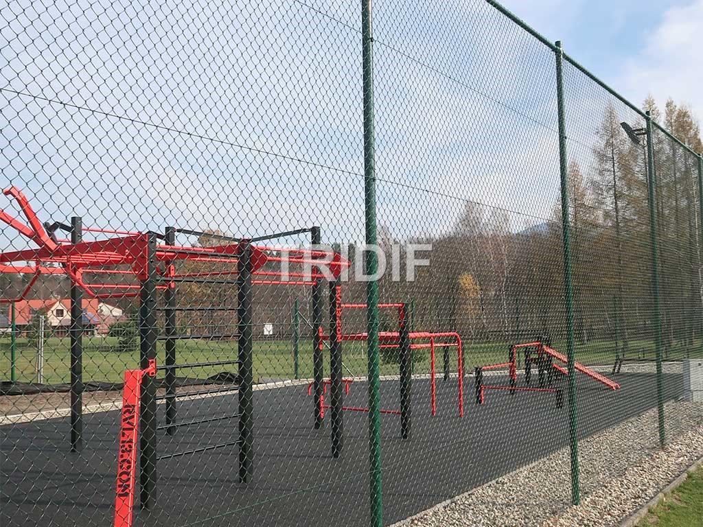Tenisové pletivo na oplocení hřišť, tenisových kurtů
