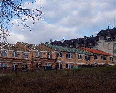 Budování o opravy střech, pokládka střešní krytiny