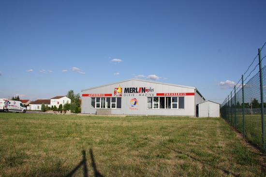 MERLIN-PLUS - autorizovaný distributor olejů a maziv TOTAL