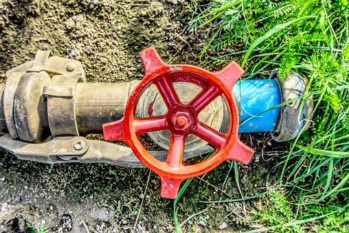 Průmyslové armatury na vodu, páru, kapaliny