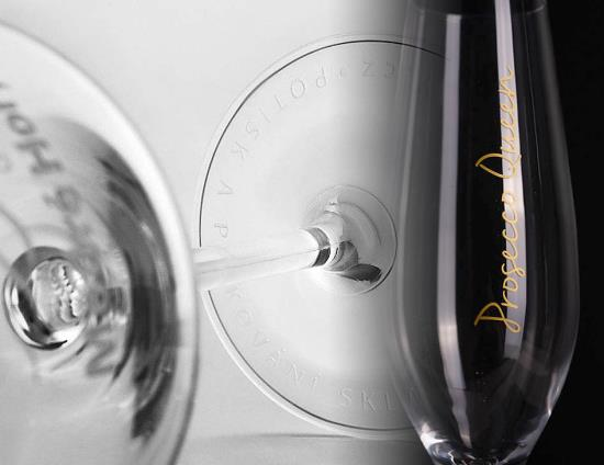 Pískování, gravírování, potisk skleniček na víno, sekt, nealko nápoje