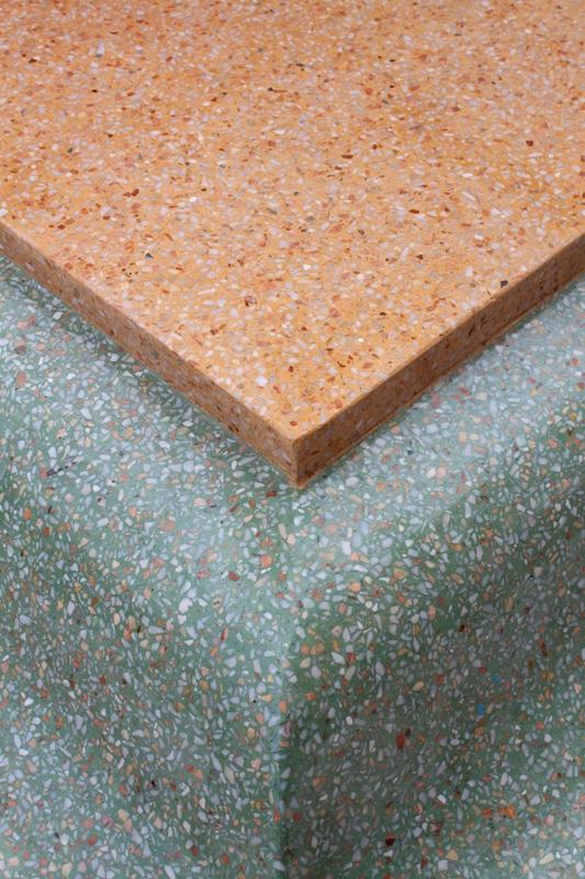 Různorodé barevné varianty terrazzových podlah