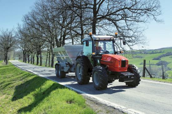 Zemědělské traktory - prodej, záruční a pozáruční servis
