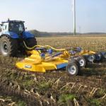 Zemědělská technika BOMFORD s bohatou výbavou