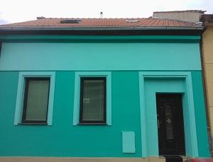 Opravy, čištění a nátěry fasád - Znojmo, Brno-venkov, Třebíč, Hrušovany nad Jevišovkou