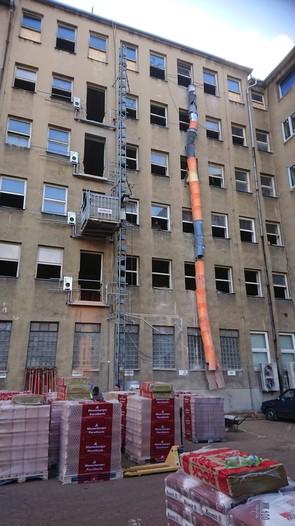 Přestavba administrativní budovy na bytový dům