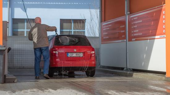 Mycí boxy pro ruční mytí automobilů Slušovice