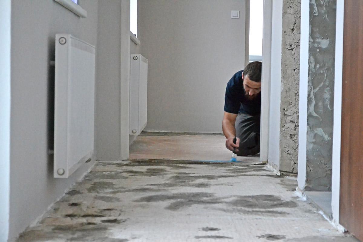 Podlahářské práce, úprava podkladového povrchu