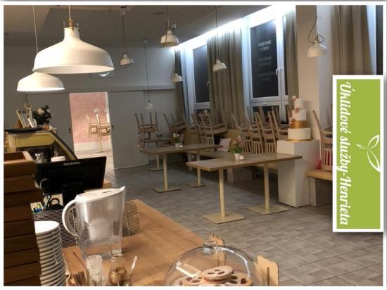 Úklidové služby Henrieta - úklid kavárny