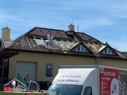 Zateplení domů, střech, podkroví PUR pěnou