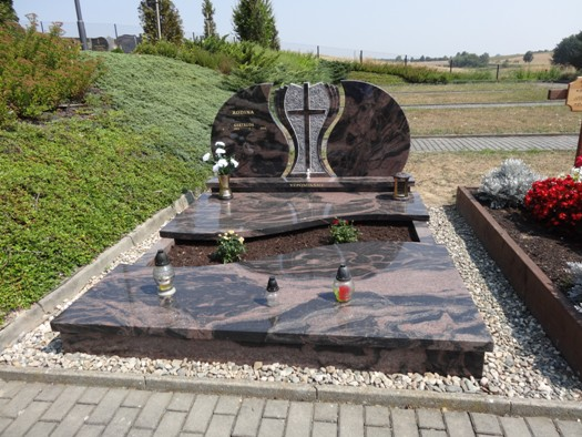 Zakázková výroba hrobek, urnových hrobů Opava