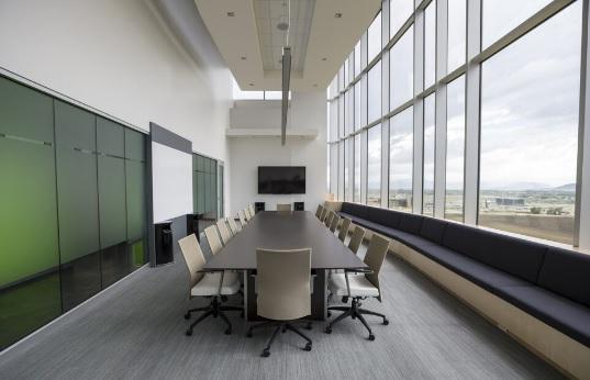 Pravidelný i jednorázový úklid kancelářských prostor