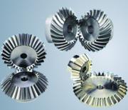 Ocelová kuželová soukolí a další strojní komponenty